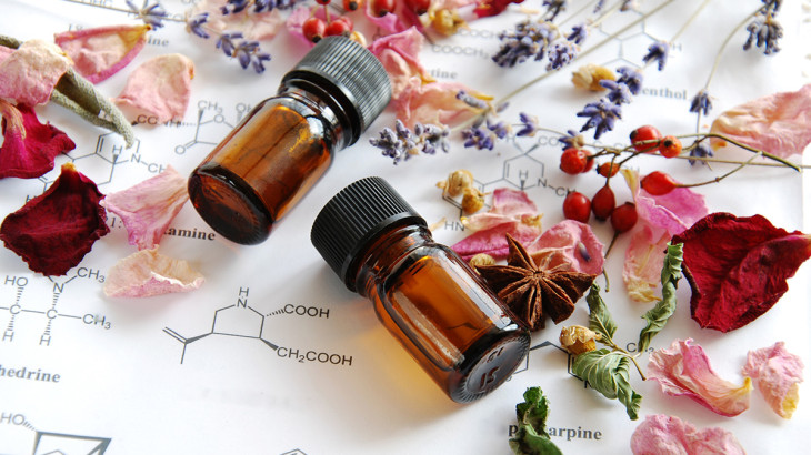 essential-oil-bottles-chemistry
